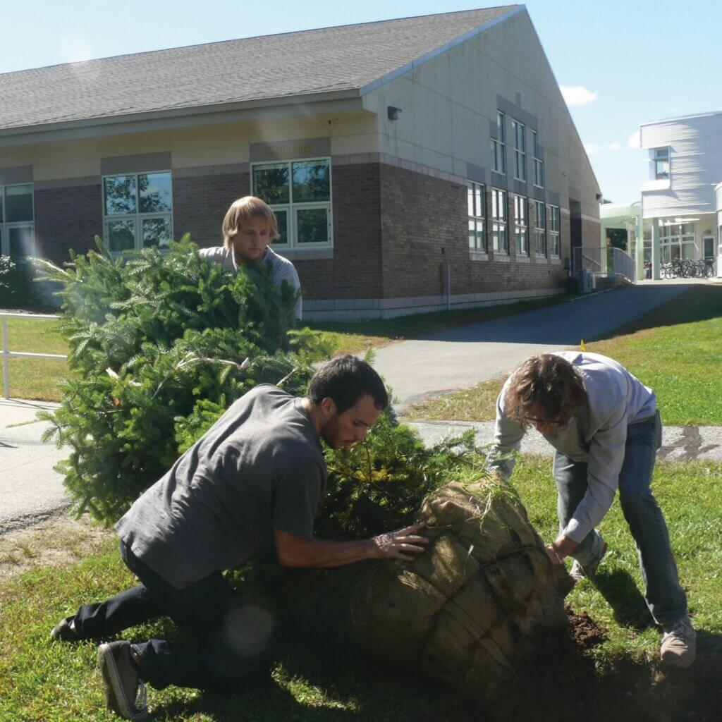 Community Service and Volunteering Opportunities at NHTI